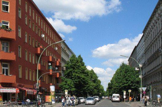 Pannierstraße in Berlin-Neukölln von der Sonnenallee aus gesehen (Bild: Manfred Heyde, Wikimedia, CC)