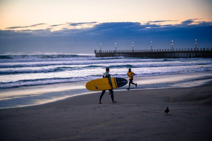 Die malerischen Strände von Durban sind ein Paradies für alle Wassersportler. (Bild: © istock.com / wildacad)