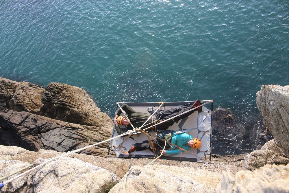 Cliff Camping - die abenteuerlichste Art des Campings. (Bild: gce-agency.com)