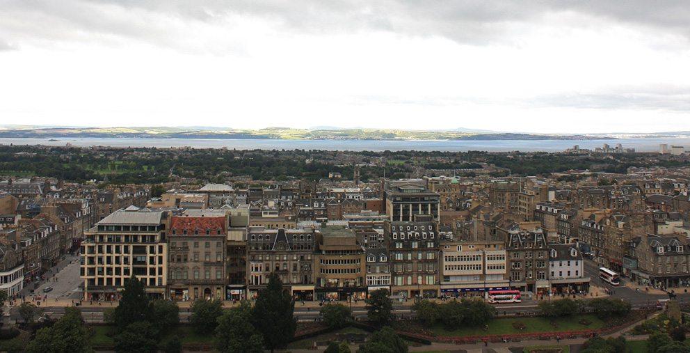Blick auf New Town (Bild: Postdlf, Wikimedia, GNU)