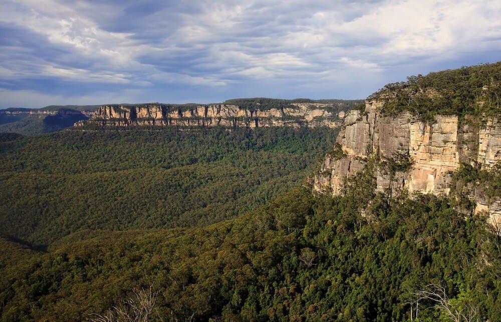 Lange galten die Blue Mountains als eine unüberwindbare Barriere. (Bild: © Ryszard Stelmachowicz - shutterstock.com)