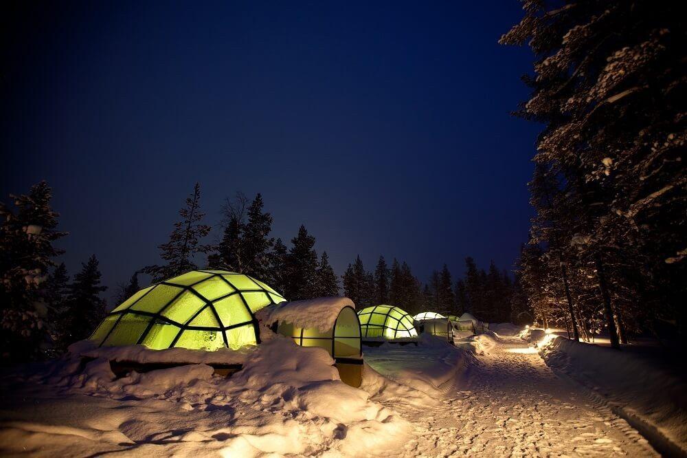Wie im Winterwunderland fühlst Du Dich im Igludorf Kakslauttanen. (Bild: © Beelix - fotolia.com)