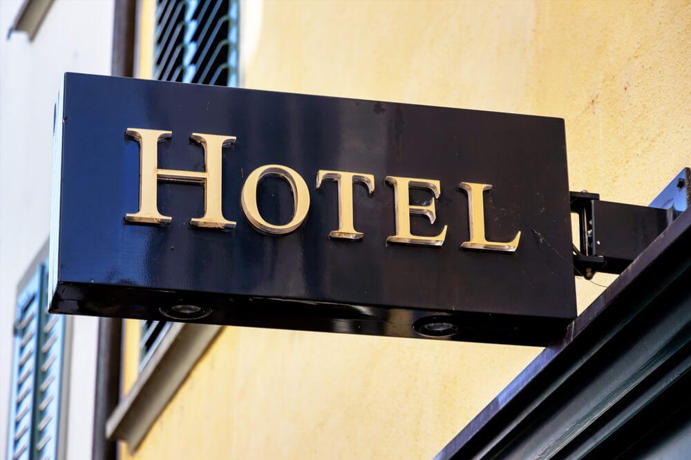 Hotelgäste nutzen mittlweile Online-Hotelbewertungen als wichtigste Informationsquelle. (Bild: © Lisa S. - shutterstock.com)