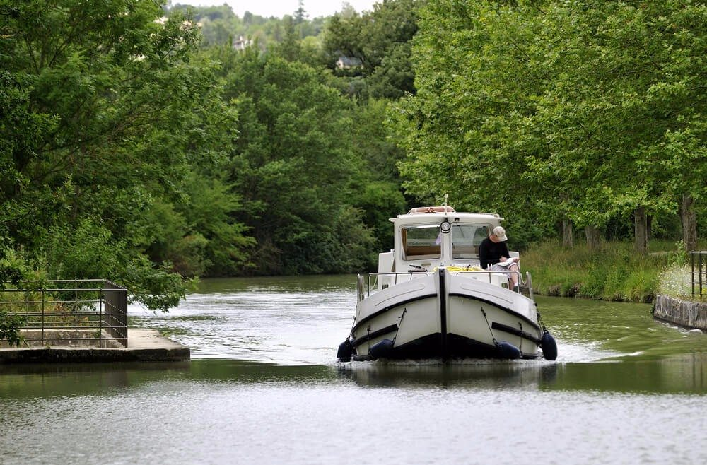 Rund 20 % des Flusstourismus in Frankreich finden auf dem Wasserlauf statt. (Bild: © yvon52 - shutterstock.com)