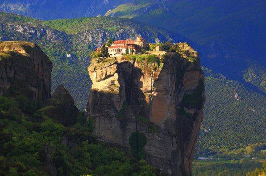 Eine Auszeit im Kloster ist eine Chance, dem Stress des Alltags zu entfliehen. (Bild: Florin Stana – shutterstock.com)