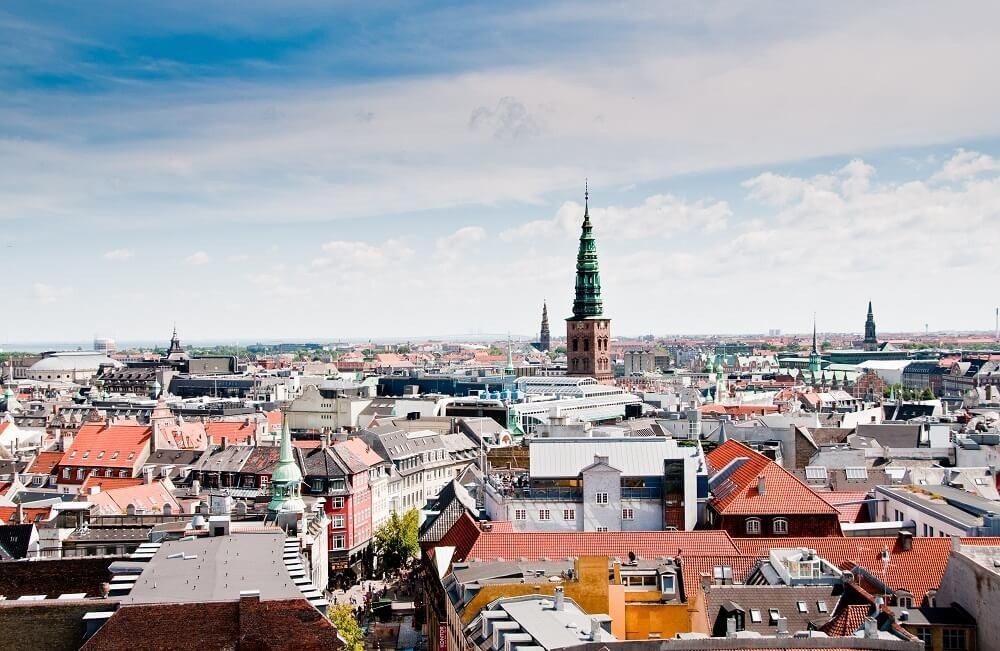 Über den Dächern von Kopenhagen (Bild: © svanberggrath - fotolia.com)