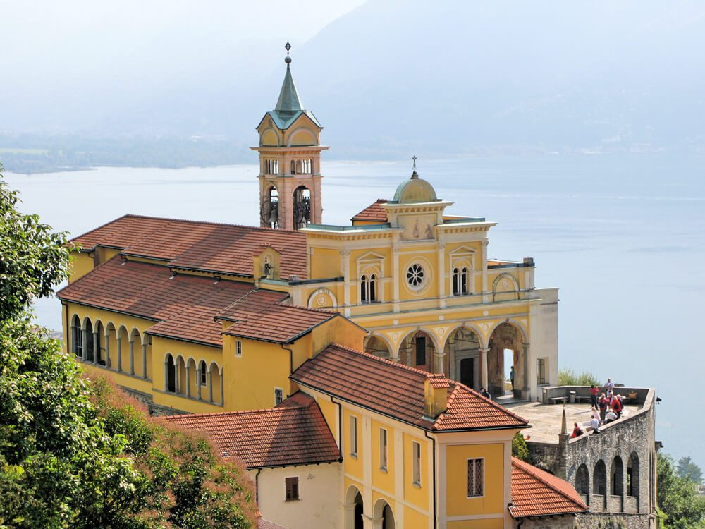Die Madonna del Sasso ist ein Zentrum für Pilger. (Bild: © Alexander Chaikin - shutterstock.com)