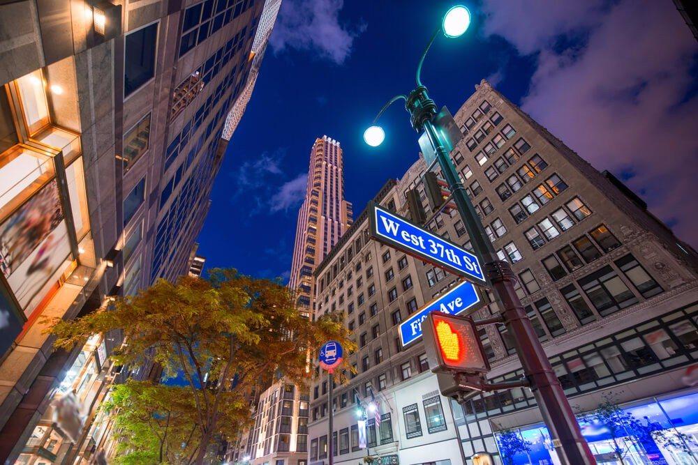 Auf der Fifth Avenue kannst Du Dich richtig austoben. (Bild: © pisaphotography - shutterstock.com)