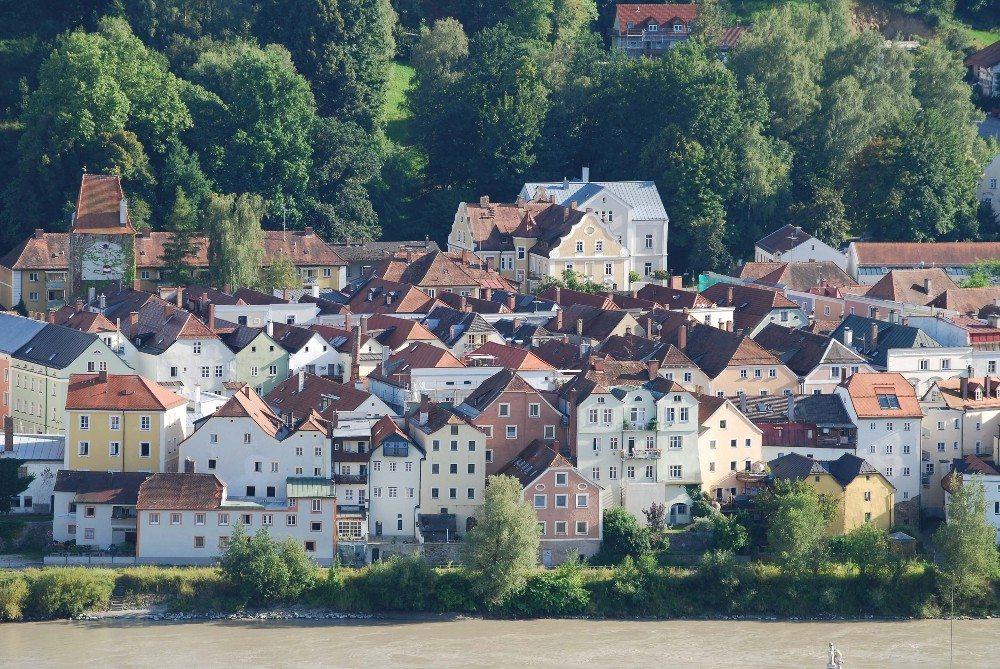 Die Zeit des Fürstbistums ist bis heute im Stadtbild lebendig. (Bild: © Hendrik Schwartz - fotolia.com)