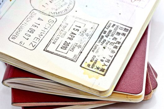 Das Allerwichtigste bei den Reisevorbereitungen – die Reiseunterlagen.(Bild: nui7711 – shutterstock.com)