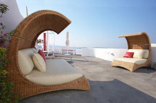 Strandkörbe und andere Möglichkeiten zum Liegen schaffen perfekte Urlaubsatmosphäre. (Bild: Plamen – shutterstock.com)