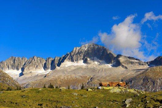 Der mächtige Adamello-Gipfel. (Bild: © Alberto Masnovo - shutterstock.com)