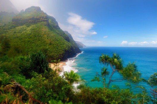 """Die Insel Kauai wird als """"Garteninsel"""" bezeichnet (Bild: © MNStudio - shutterstock.com)"""