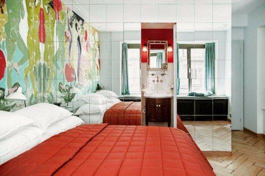 Das extravagante Hotelzimmer wurde vom Zürcher Künstler Max Zuber eingerichtet.