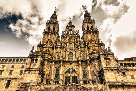 Die Kathedrale von Santiago de Compostela (Bild: Pabkov – fotolia.com)