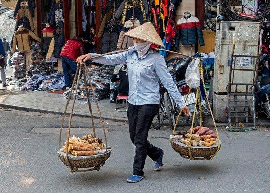 In Hanoi herrscht ein hektisches Treiben. (Bild: © Bettina Hielscher)