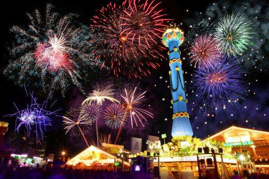 Cannstatter Volksfest – Feuerwerk. (Bild: © in.Stuttgart / Thomas_Niedermueller)