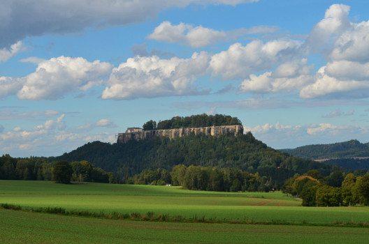 Die Festung Königstein ist ebenfalls ein lohnenswertes Ausflugsziel. (Bild: © Julia Schattauer / bezirzt.de)