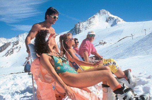 Auch modisch prägten Snowboarder das Jahrzehnt. (Bild: © Dietrmar Sochor)