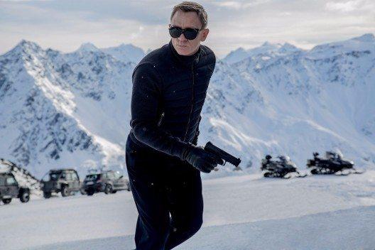 James Bond (Daniel Craig) waehrend den Dreharbeiten Anfang 2015 in Soelden zum neuen James Bond Film 'Spectre'. (Bild: © PHOTOPRESS/Tirol Werbung/Jonathan Olley)