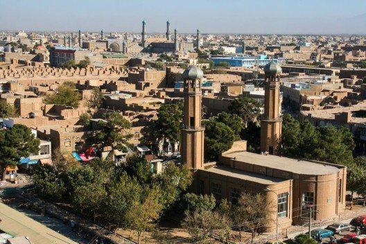 Die Länder mit den schlechtesten Reisepässen der Welt bleiben Afghanistan, Irak, Somalia und Pakistan. (Bild: © Pal Teravagimov - shutterstock.com)