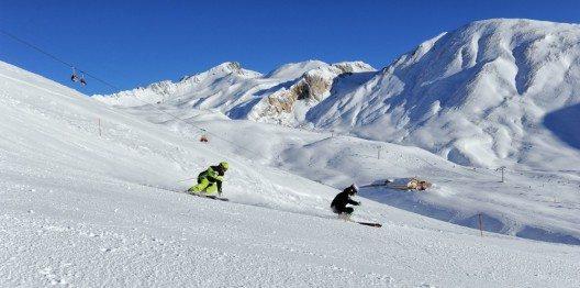 Über 340 Pistenkilometer bietet die Ferienregion Scuol Samnaun Val Müstair. (Bild: © Mario Curti)
