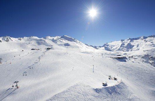 Dank der privilegierten Lage zwischen 1.800 und 3.080 Metern Seehöhe bietet die Skiregion Obergurgl-Hochgurgl Schneesicherheit von November bis Ende April. (Bild: © Ötztal Tourismus)