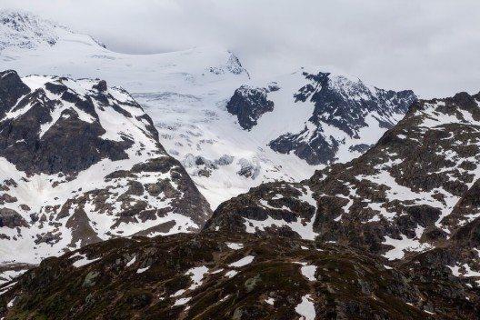Gotthardpass - Wild und steinig ist hier die Natur (Bild: © Oscity - shutterstock.com)
