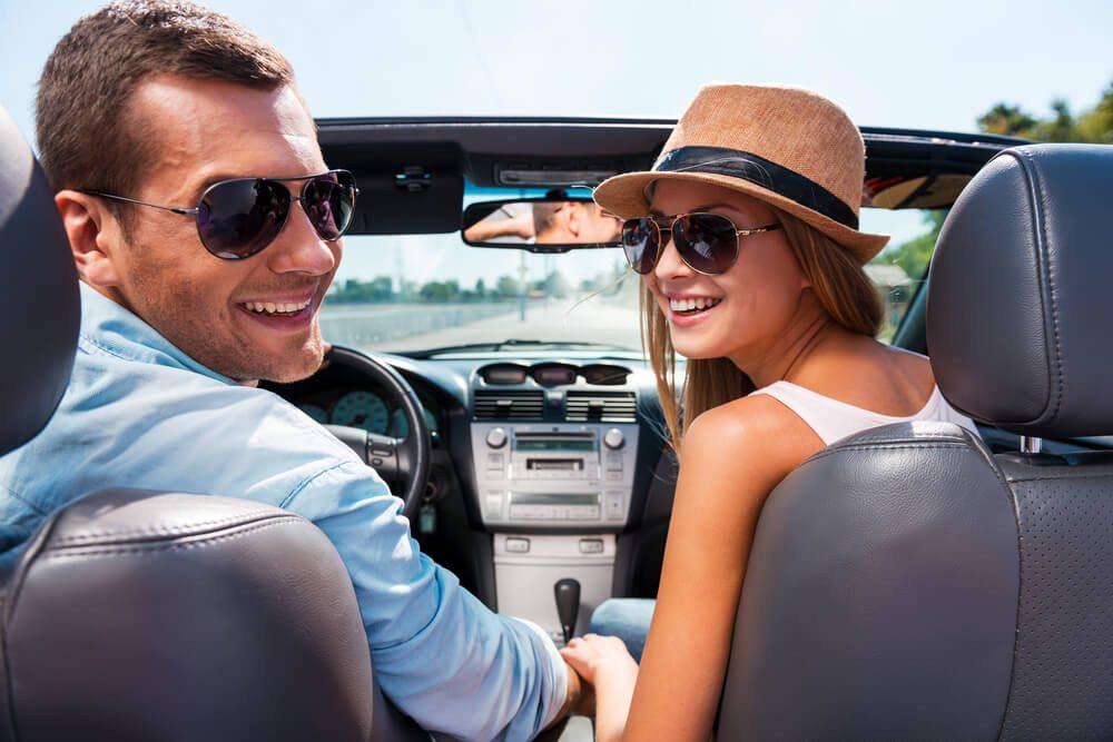 Mit der LibertyCard gibt es Rabatte bei Mietwagen. (Bild: © g-stockstudio - shutterstock.com)