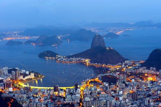 Edelweiss bietet ab Ende April 2016 zwei wöchentliche Non-Stop-Flüge nach Rio de Janeiro an. (Bild: © Vinicius Tupinamba - shutterstock.com)