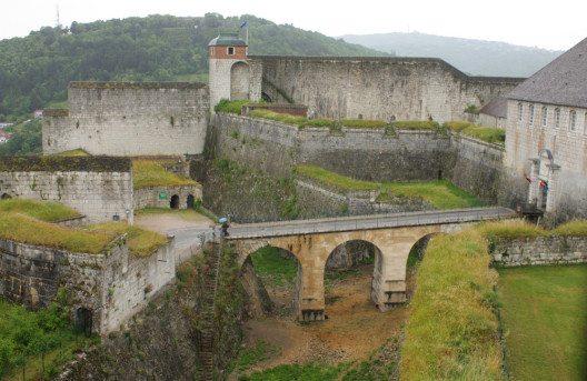 Zitadelle von Besançon. (Bild: Kate Connes – shutterstock.com)