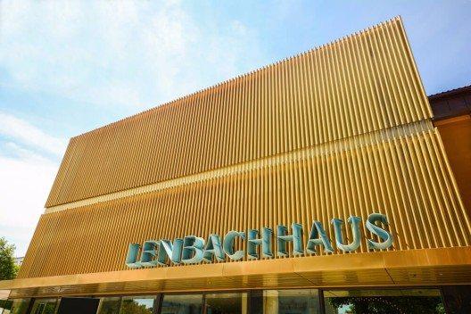 Ausstellungshäuser wie das Lenbachhaus (Bild: © ah_fotobox - shutterstock.com)