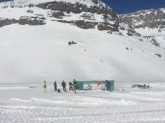 Auf 2'200 wetteifern schlagkräftige Männer um den Titel der Leukerbadner Wintermeisterschaft.