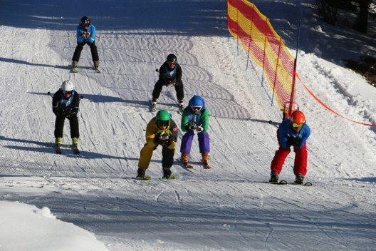 CRAZY 8 – das Skirennen für alle Wintersportfans. (Bild: Tannheimer Bergbahnen)