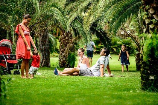 Das 120-Hektar grosse Gartenareal lädt zum Spaziergang ein.