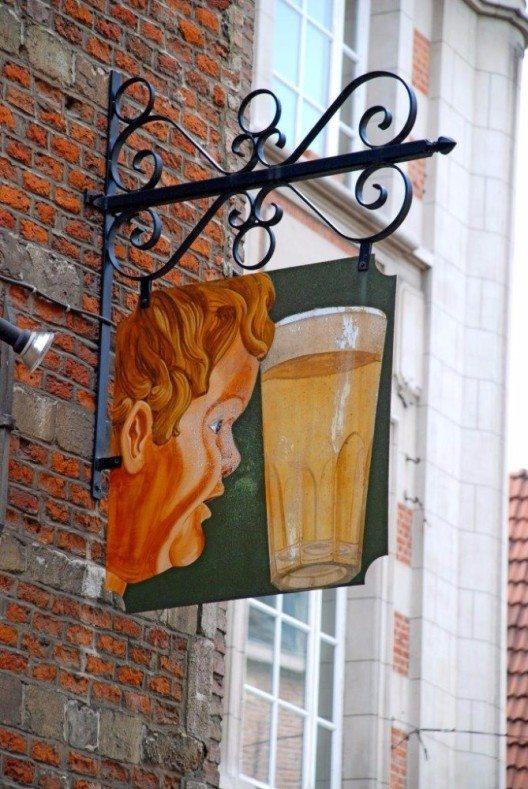 Woran erkennt man einen Brüsseler? Er trinkt kein Pils. (Bild: © Hotelplan Suisse)