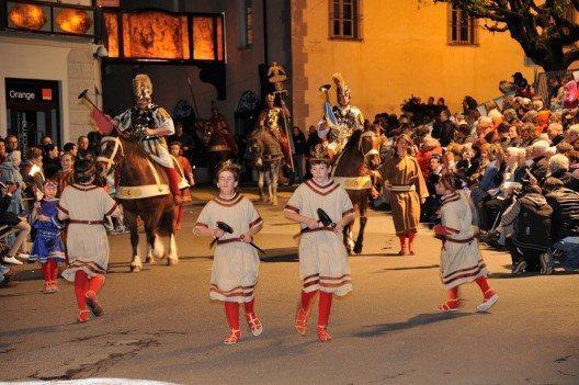 Die Osterprozessionen von Mendrisio (Bild: Ticino Turismo)
