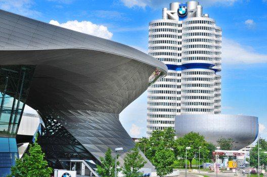 BMW Welt (Bild: meunierd – Shutterstock.com)
