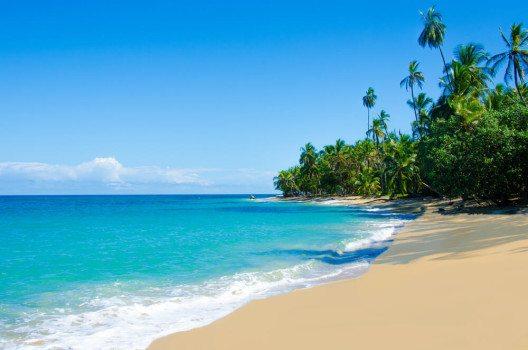 Traumstrände in Costa Rica lassen keine Wünsche offen. (Bild. © Simon Dannhauer - shutterstock.com)