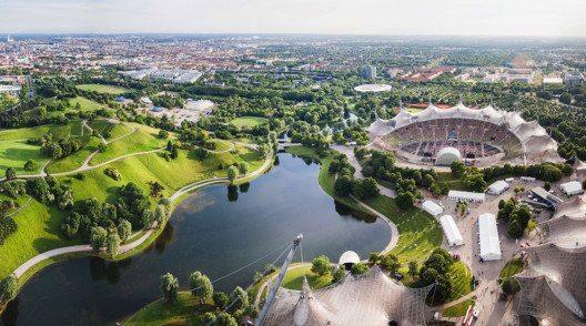 Ein Paradebeispiel für die moderne Seite Münchens ist der Olympiapark. (Bild: fischers – Shutterstock.com)