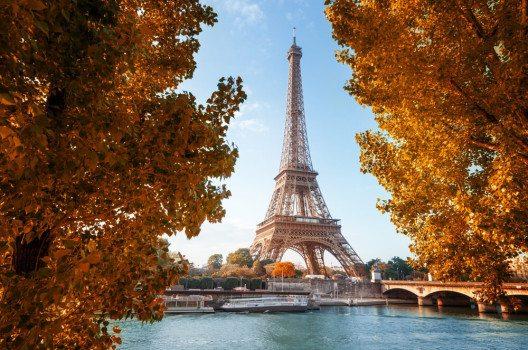 Paris und London führten 2015 erneut die europäische Spitze der meistbesuchten Städte an. (Bild: Lakov Kalinin - shutterstock.com)