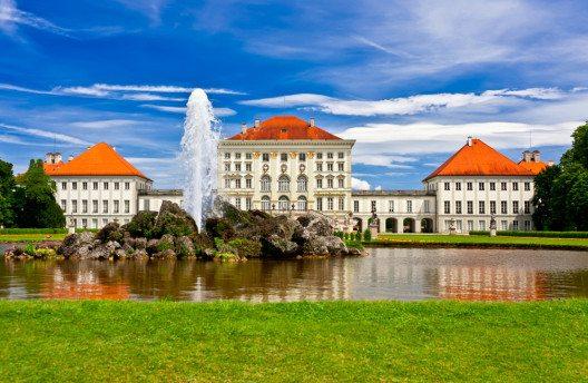 Schloss Nymphenburg (Bild: anyaivanova – Shutterstock.com)