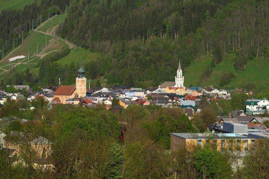 Schladming – Ferien zwischen Naturerlebnis und Stadtleben. (Bild: Ewald Gabardi, Wikimedia, CC)