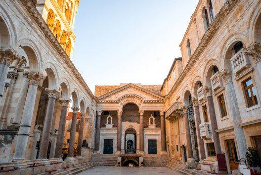 Der Diokletianpalast (Bild: RossHelen – Shutterstock.com)