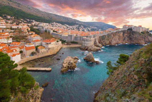 Stadtmauer von Dubrovnik (Bild: Phant – Shutterstock.com)