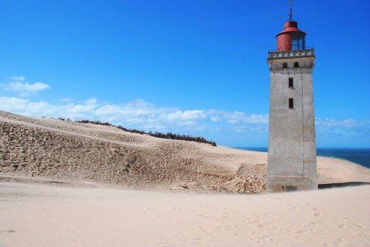 Leuchtturm in Hvide Sande. (Bild: © geppe - shutterstock.com)