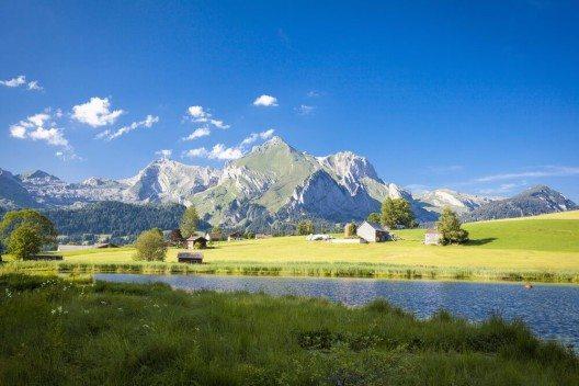 Der Schwendisee. (Bild: © Hartmut Albert - shutterstock.com)