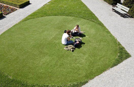 """Am Ort. Kunst & Musik im öffentlichen Raum, huber.huber, """"Inkreis"""", 2012 (Bild: 2012 Fotografie Ralph Feiner)"""