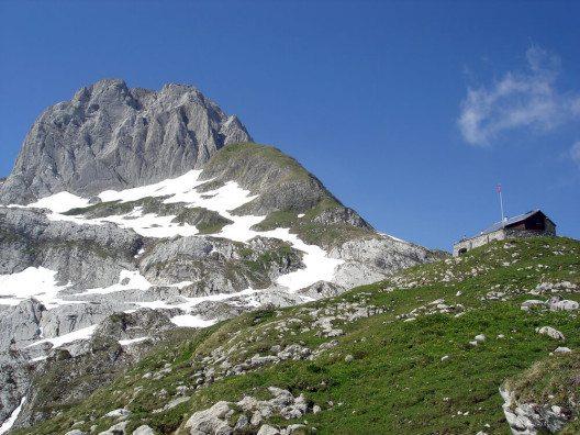 Mächtige Felsformationen wecken Staunen. (Bild: © M.M.G. - shutterstock.com)