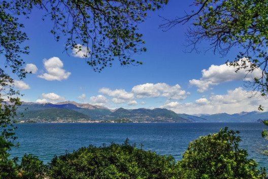 Die Kids verbringen eine Woche am Lago Maggiore. (Bild: © LaMiaFotografia - shutterstock.com)